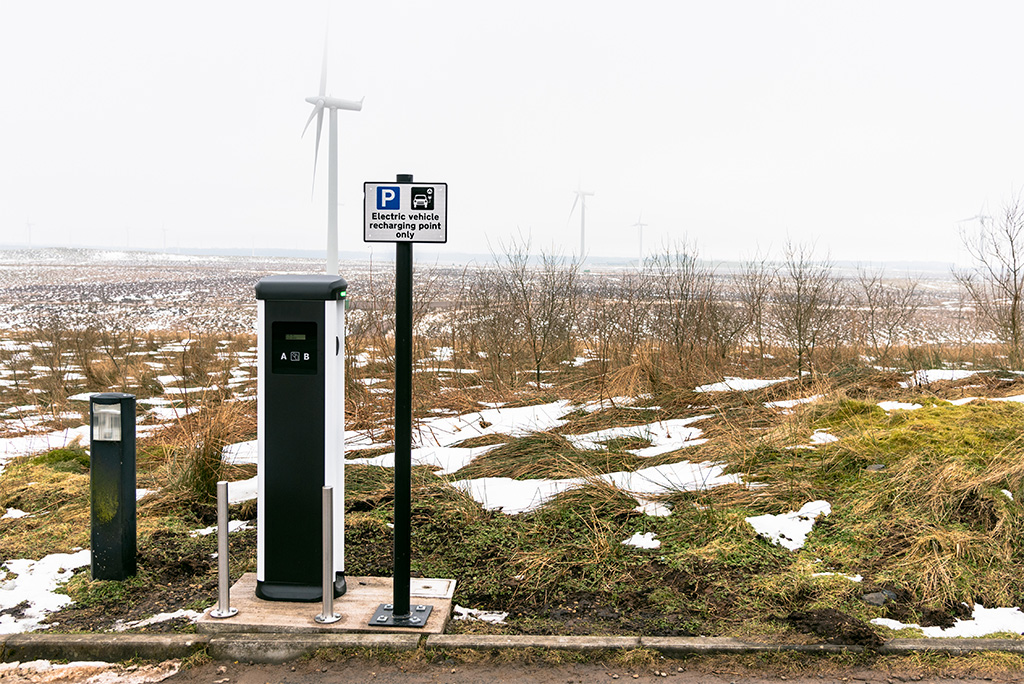 Taking the high road to quicker EV charging